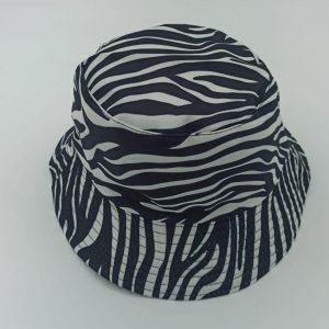 כובע טמבל זברה שחור לבן