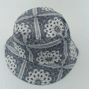 כובע טמבל בנדנה לבנה