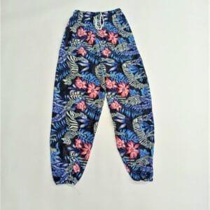 מכנסי שרוואל זברה ופרחים ברקע שחור